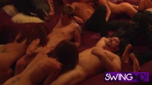 Naughty girlfriend feels herself in heaven during orgy