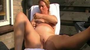 Huge Fat Milf Larkin Masturbates With Dildo