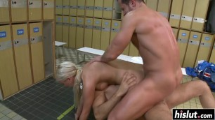 Beautiful Cameron Angel gets double penetrated