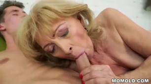 Granny Mckenzee Likes Sucking Young Dick