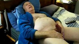 Old Giuy Jerking Off Until He Cums Gay