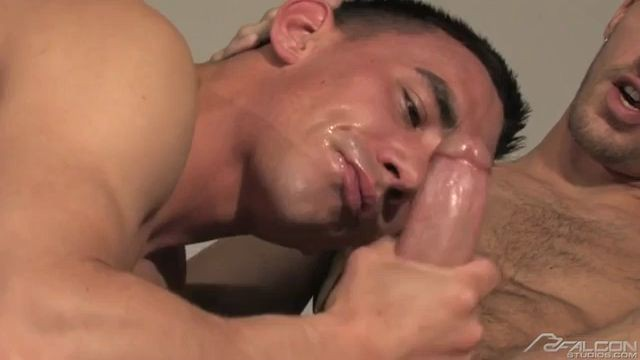 COME AND GET IT ADAM AVERY TY RODERICK FALCON GAY PORN